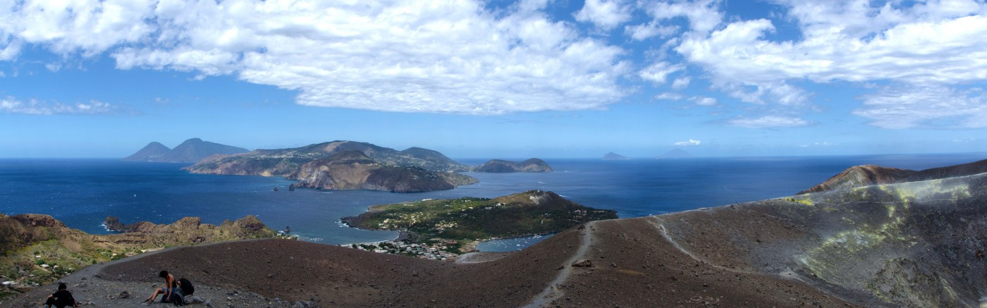 Discover the best dive centers in Sicily and Aeolian Islands