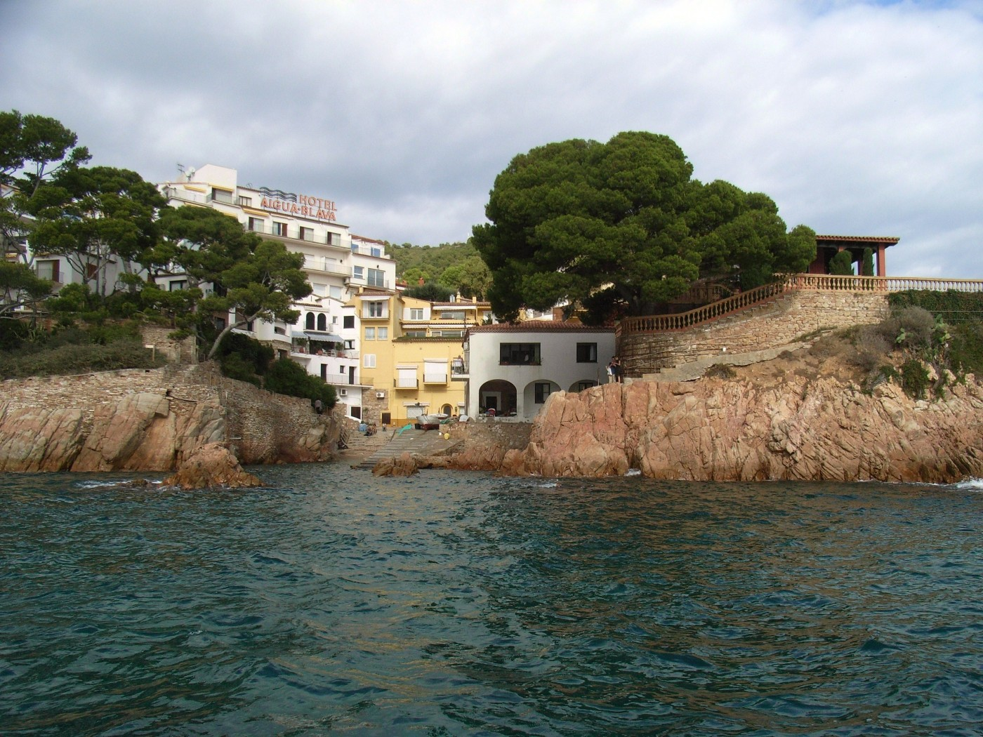 Aiguablava dive center begur medes costa brava spain for Dive centres