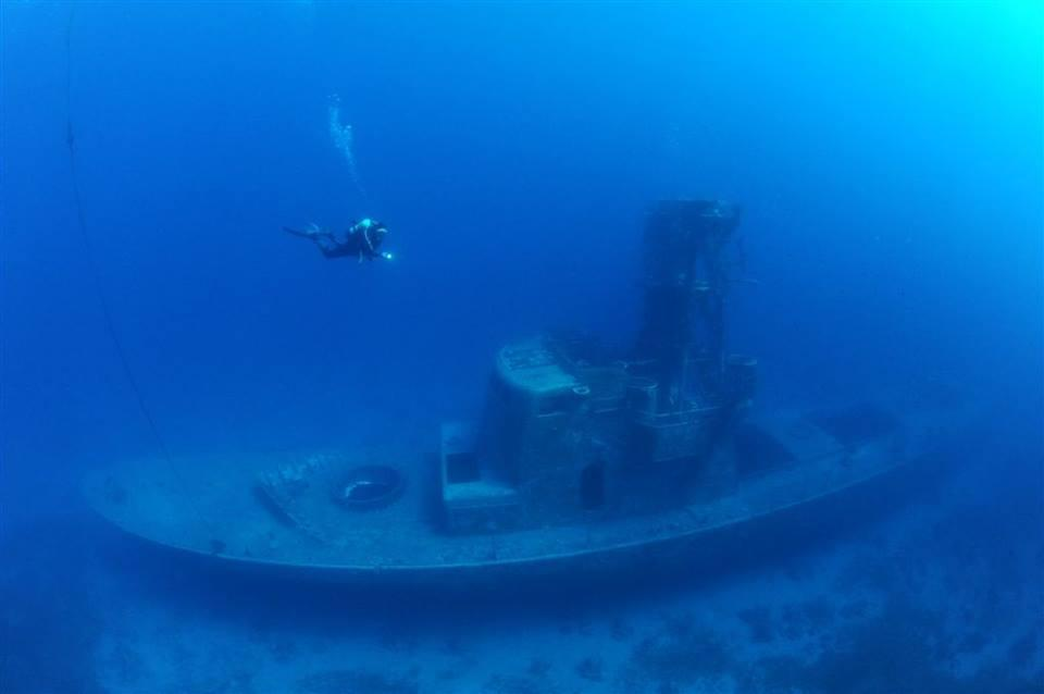 Satil Shipwreck diving